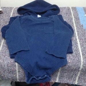 Old Navy Shirts & Tops - Old navy Fleece and bodysuit size 3-6